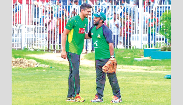 Taskin, Aftab at training session