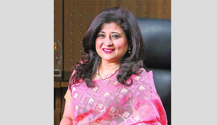 Farzana gets SeniorAssociate award from ANZIIF