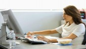 Longer sitting hours ups heart attack risk