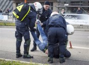 Police detain protesters at party convention in Germany