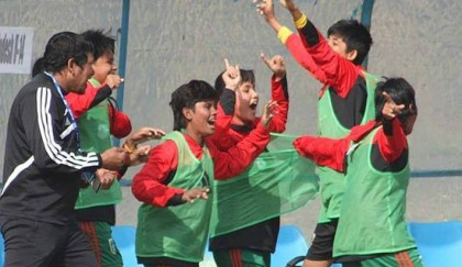 Bangladesh girls retain AFC U-14 glory