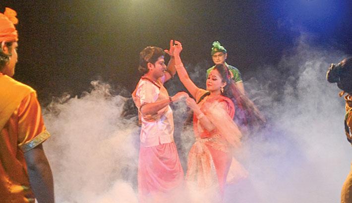 Chitrangada delights Shilpakala audience