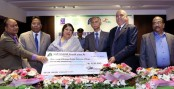 FSIBL gives scholarship to 50 DU students