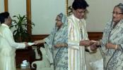Singer Abdul Jabbar, Timir Nandi receive PM's financial aid