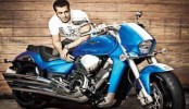 Salman Khan graces bike stunt event