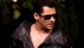 Don't expect me to perform like Hrithik: Salman