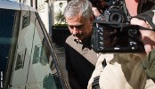 Mourinho,  Man Utd talks continue