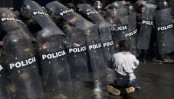 Bolivia police clash with disabled