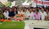 Khaleda pays homage to Zia