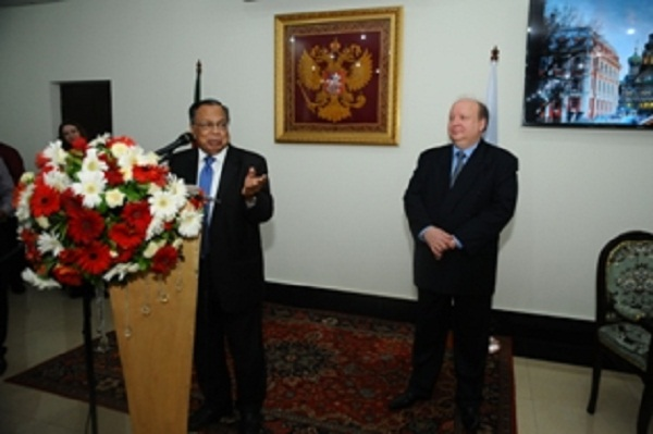 Dhaka eyes stronger ties with Moscow