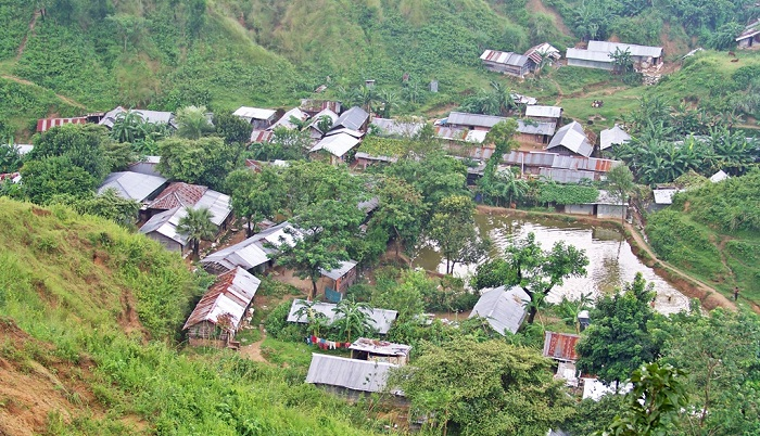 Utility services to be disconnected from illegal houses on hills