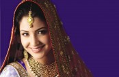 Don't want to play a cliched Indian girl in Hollywood: Anushka