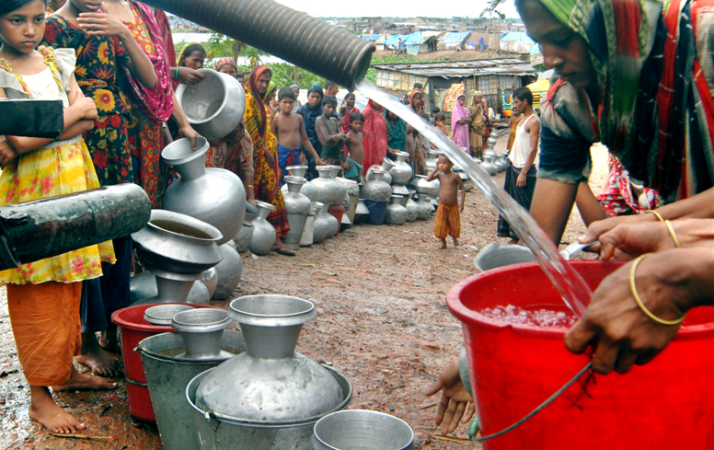 Lamentation for water in some parts of Dhaka
