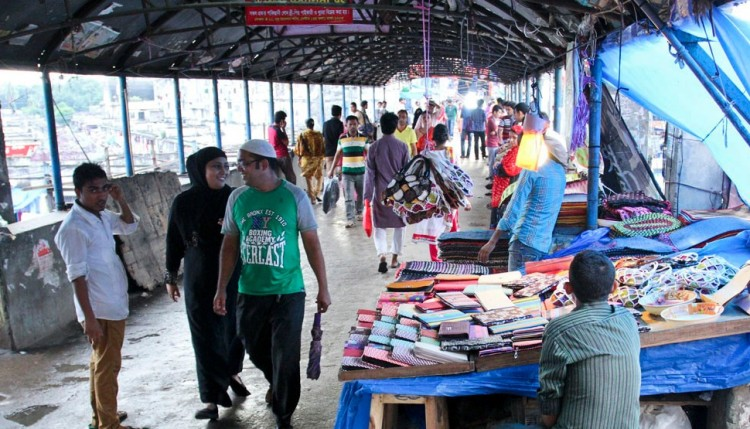Foot overbridge: safe place for Hawkers, Vagrants