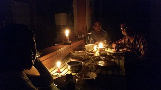 Old Dhaka's residents suffer for load shedding