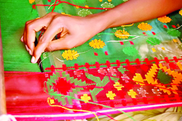 One crore pieces of Tangail saree ready for Eid