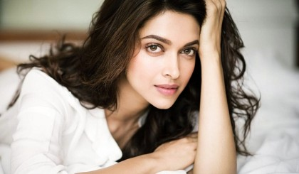 Deepika reveals how working in Hollywood different from Bollywood