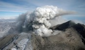 Volcanoes get quiet before erupt