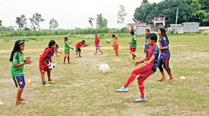 Nayapukur, village of woman-footballers in Rangpur