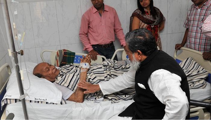Deputy Speaker visits ailing National Prof MR Khan