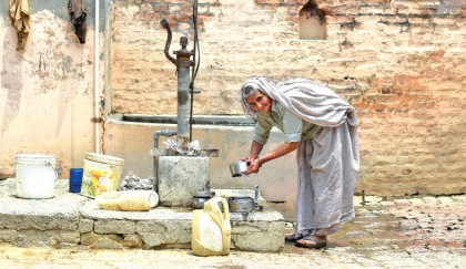 India faces drinking water crisis