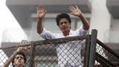 Don't want to spoil Eid: SRK dodges commenting on Bangladesh attack