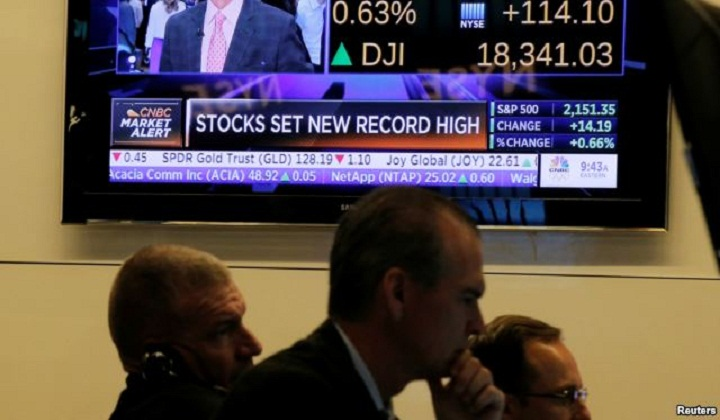 US Stocks Surge to Record Highs
