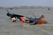 4 of a family die in Habiganj boat capsize