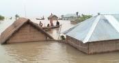 Worsening flood leaves 1 lakh stranded in Kurigram