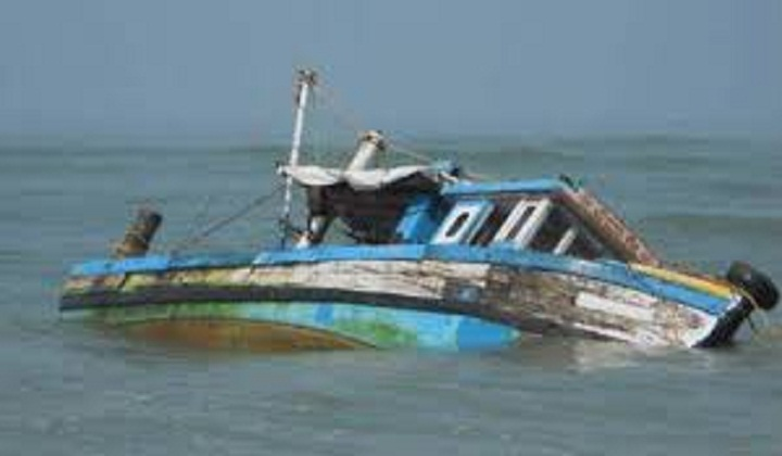 Case filed over Arial Khan boat capsize