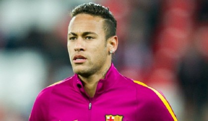 Neymar defends party boy lifestyle
