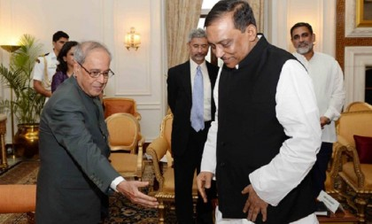 Pranab reiterates India's strong support to combat militancy