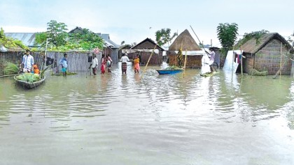 Flood situation in 3 dists deteriorates, millions distressed