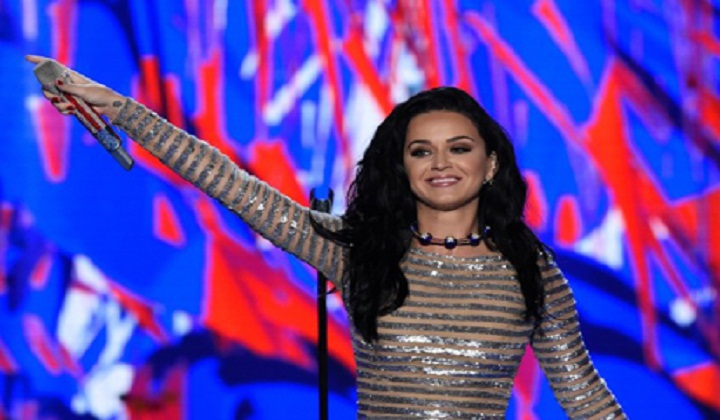 Orlando Bloom Helped Katy Perry Write Her DNC Speech