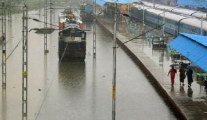 Flood snaps rail link between Jamalpur-Dewanganj
