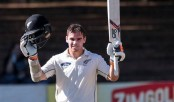 New Zealand dominate Zimbabwe