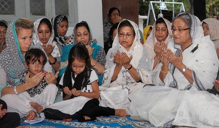 PM joins Milad at Dhanmondi 32