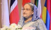 PM hands over National Export Trophy
