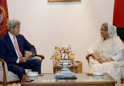 US to work with Bangladesh to fight terrorism: Kerry