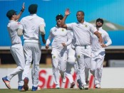 South Africa hold aces despite collapse against New Zealand
