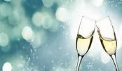 High alcohol intake can reduce female fertility