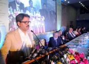 No compromise with militancy: Shahriar Alam