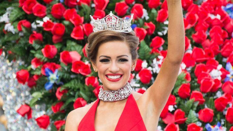 Miss Arkansas Savvy Shields named Miss America 2017