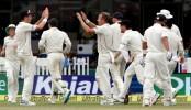 Kiwi bowlers push India on backfoot