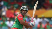 Tamim scores half-century after Kayes falls
