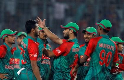Bangladesh win toss, choose to bat