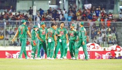 Shakib touches unique milestone