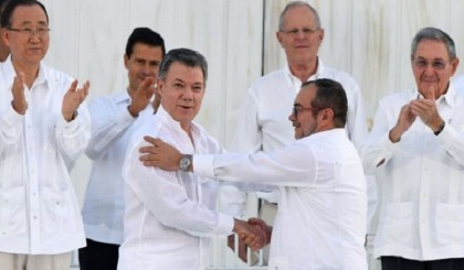 Historic Colombia peace deal signed