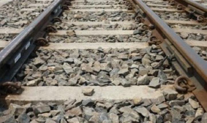 Man crushed under wheels of train in Rajshahi