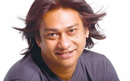 Singer Partha Barua plays journalist in 'Aynabaji'